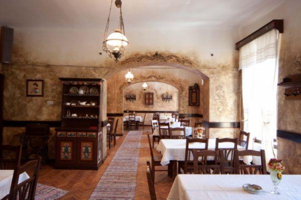 szekelyvendeglo-idolrestaurant-0173B1F181-7CC0-6D81-D5CD-BEB207E0E595.jpg