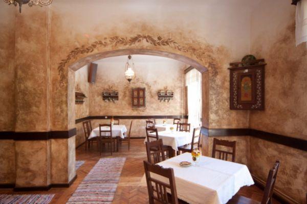 szekelyvendeglo-idolrestaurant-174622F79D-4703-F9CB-E44E-03DC9410C3DC.jpg
